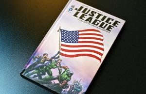 Critique Justice League Tome 4