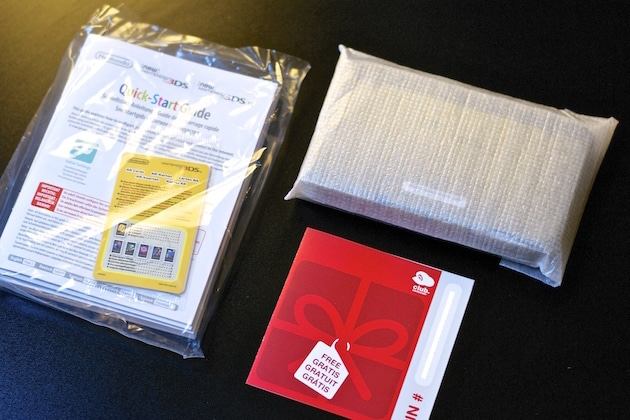 Unboxing New 3DS XL Zelda Majora's Mask Collector