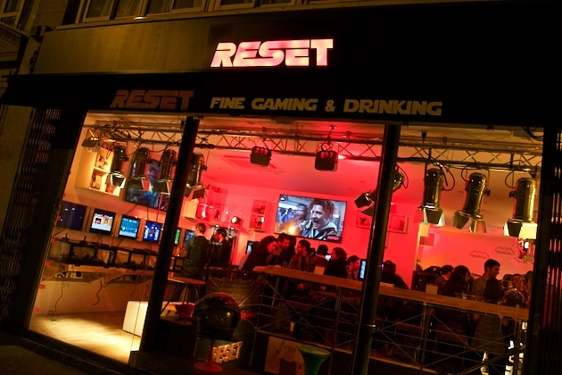 Avis bar RESET retrogaming paris