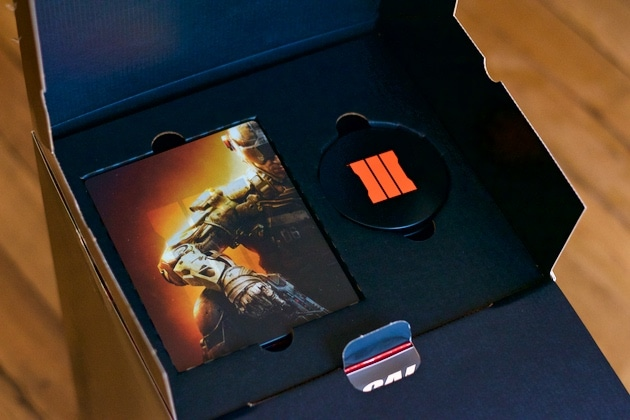 Unboxing Call of Duty Collector Black Ops 3