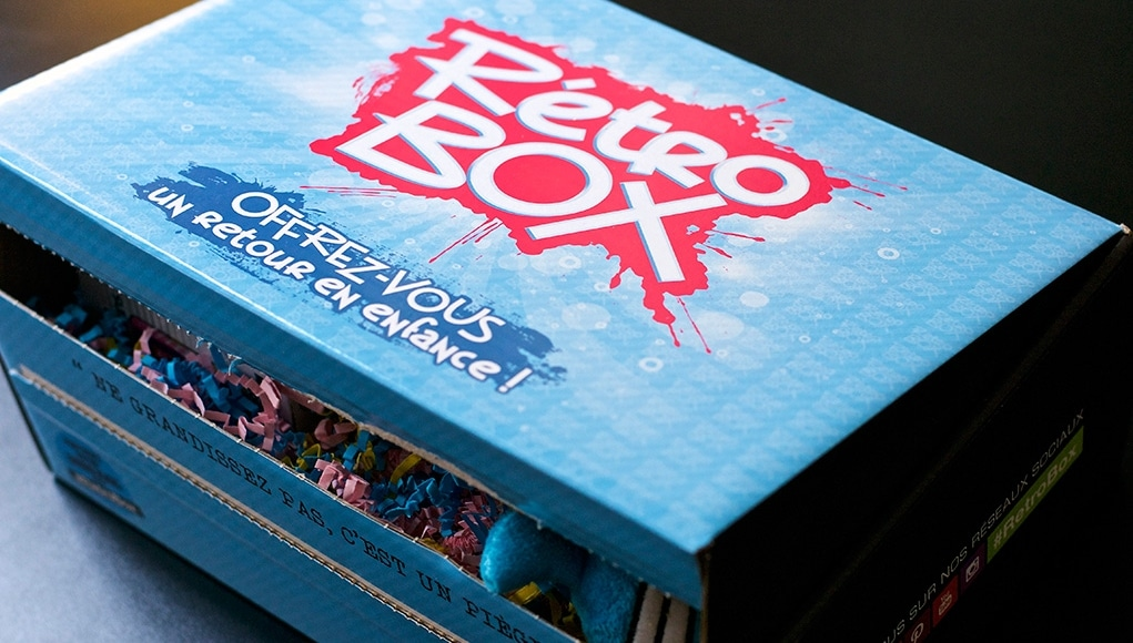Unboxing Avis Retro Box