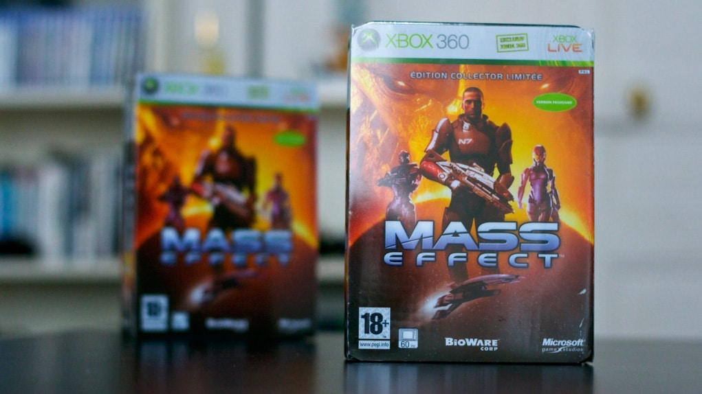 Unboxing Mass Effect Collector
