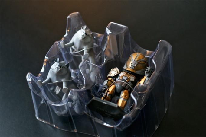 Unboxing Destiny Saladin Figurine