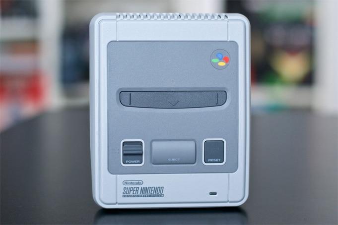 Unboxing Super Nintendo Mini
