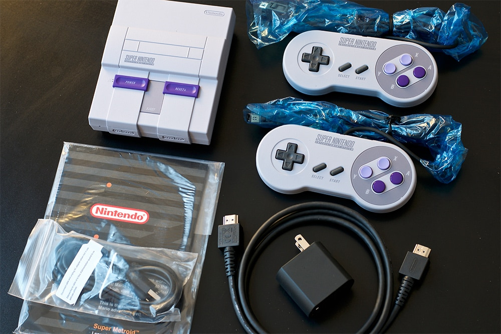 Unboxing super nintendo mini US
