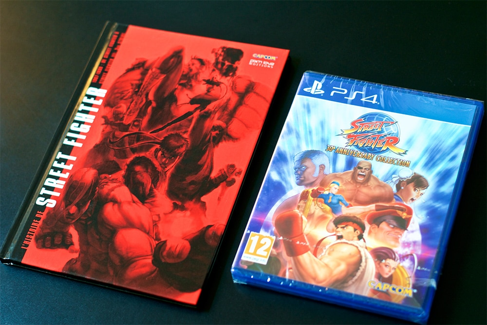 Unboxing Street Fighter 30th Collector