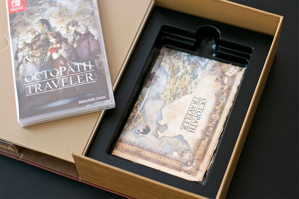Unboxing Octopath Traveler Switch