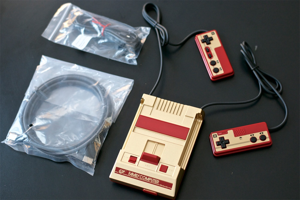 Unboxing Famicom Mini Shonen Jump