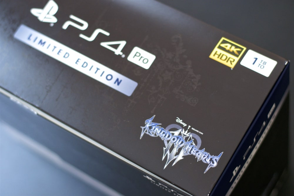 Unboxing PS4 Pro Kingdom hearts 3