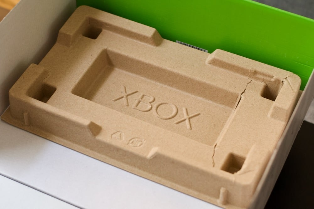 Xbox Series retail packaging
